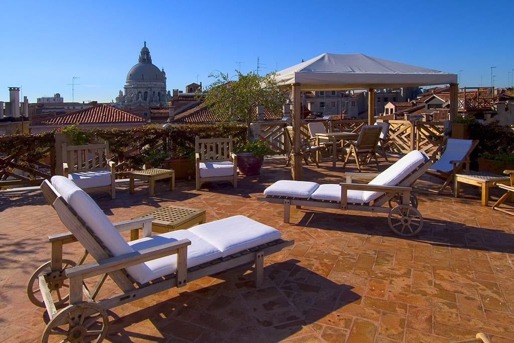 Romantisk 4 stjerners hotell i Venezia