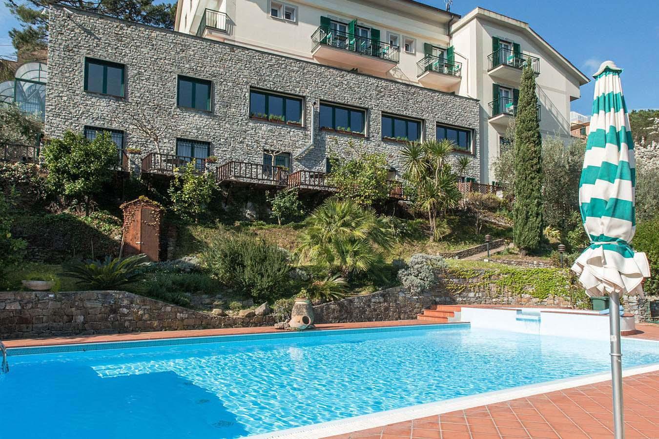 Hotell i Moneglia